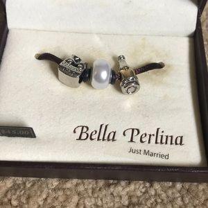 Bella Perlina charm set
